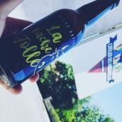 Elles sont de retour 🤩 nos bières artisanales, avec leur arôme subtil de gingembre , réalisées en partenariat avec @brasserieadennes  pour un pur produit de haute savoie !  Rdv en boutique ! #artisanatfrancais #localfood #brasseur #brasserielocale #locavore #apero #beeraddict
