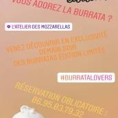 Soirée Burrata mystère demain à la boutique rue Sainte Claire 🔍 Venez deviner ce que le chef vous aura caché dans nos burratas 🧐 Découverte gustative garantie ! Réservation au +33 6 95 03 79 32 . On a hâte de vous voir à l'œuvre !! #cheeselovers #annecylac #mozzarella #localfood #apero #atelierdesmozzarellas
